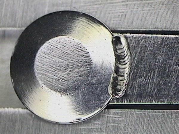 Laserschweißen Beispiel Verdrehsicherung für Bolzen